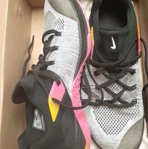 Nike metcom flyknit 3